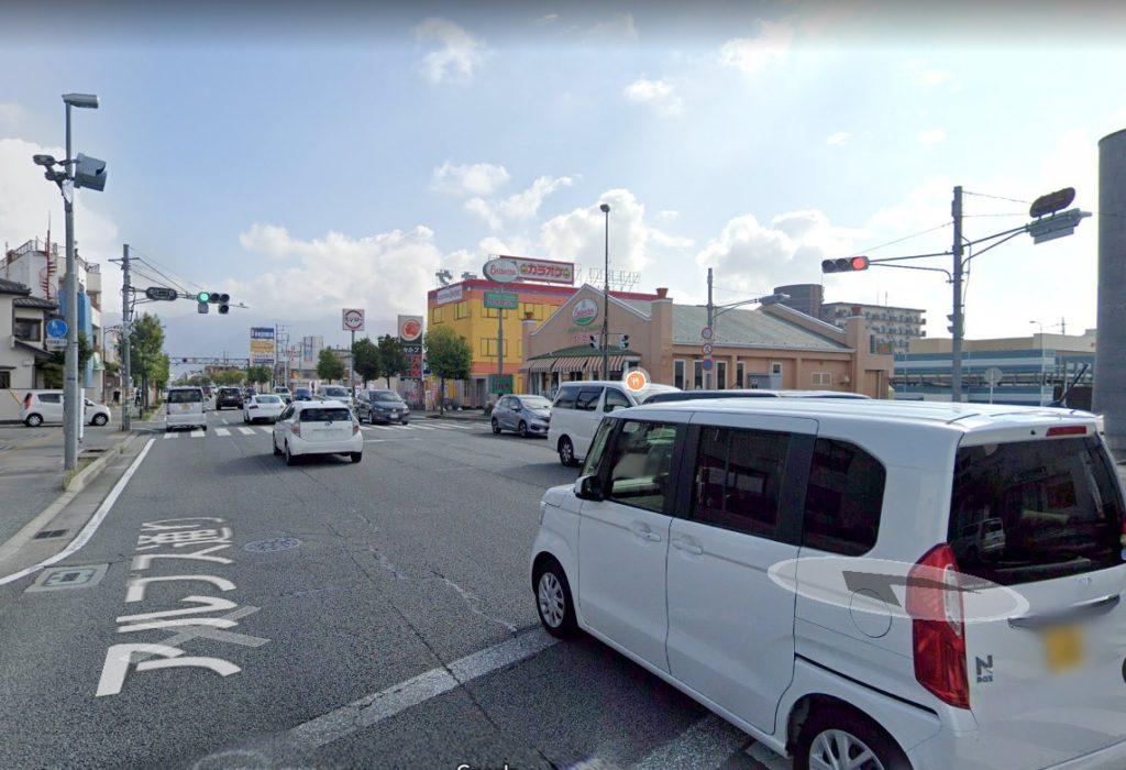 徳行二丁目の交差点